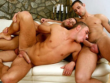 Enrico And Twins from Sex Gaymes