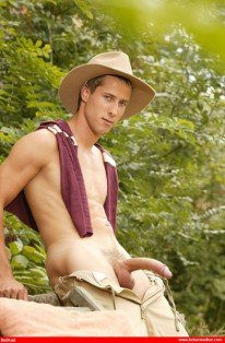 Jan Shows Off from Bel Ami Online