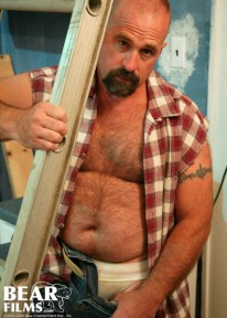 Husky Clint Taylor from Bear Films