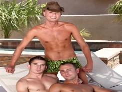 3way Hunks from Cruiser Boys