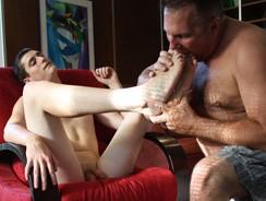 Mugs Worships Tim from Daddy Mugs