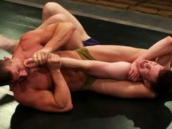Rusty Dominates Ben from Naked Kombat
