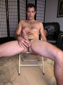 Sergio Obeys Pete from New York Straight Men