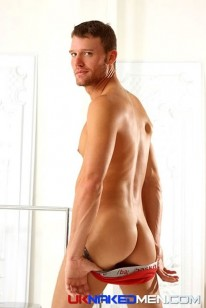 Steven Daigle from Uk Naked Men