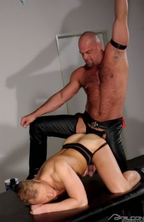 Thom And Zak Fuck from Falcon Studios