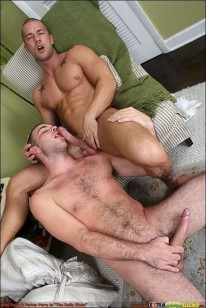 Rod Fucks Parker from Extra Big Dicks
