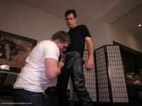 Servicing Pete from New York Straight Men