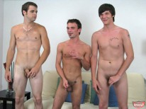 Str8 Boys Suck from Broke Straight Boys