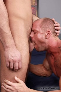 Mitch And Logan Fuck from Cocksure Men