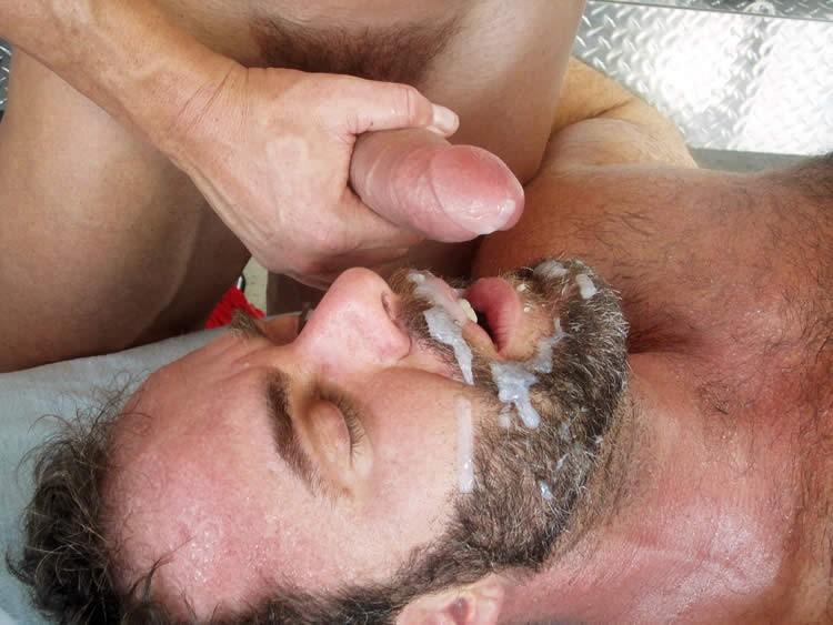 store stive pikke naked massage