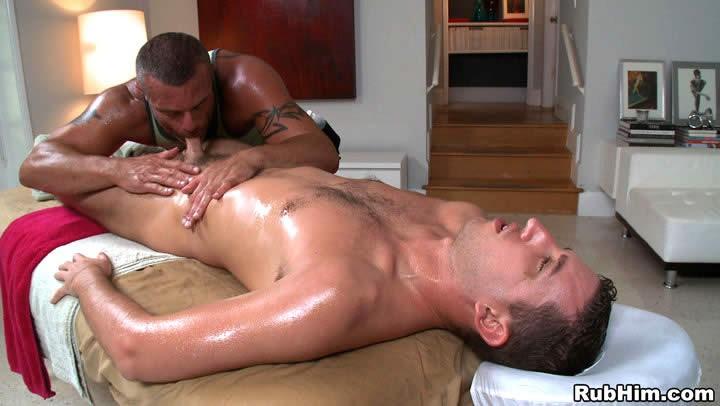 Порно видео гей массаж