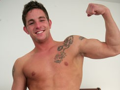 Str8 Hunk Lance from English Lads