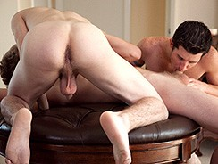Servicing Tommy from Southern Strokes