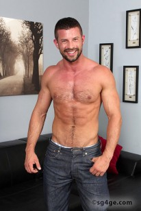 Kyle King from Straight Guys For Gay Eyes