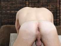Leons Cum Gushing from Straight Fraternity
