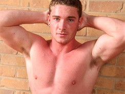 Leigh from Uk Naked Men