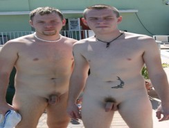 2 Guests Fuck from Gay Sex Resort