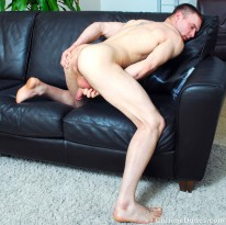 Sean Summers Busts A Nut from College Dudes