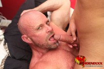 Pounding Muscle On Twink from Phoenixxx