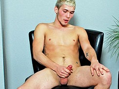 Brandon Bloom Busts A Nut from College Dudes