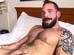 Gay Porn - Muscle Bear Johnny Parker from The Guy Site