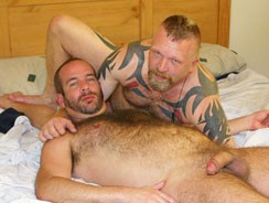 Gay Porn - Jake Reynolds And Scott Spear from Hairy And Raw