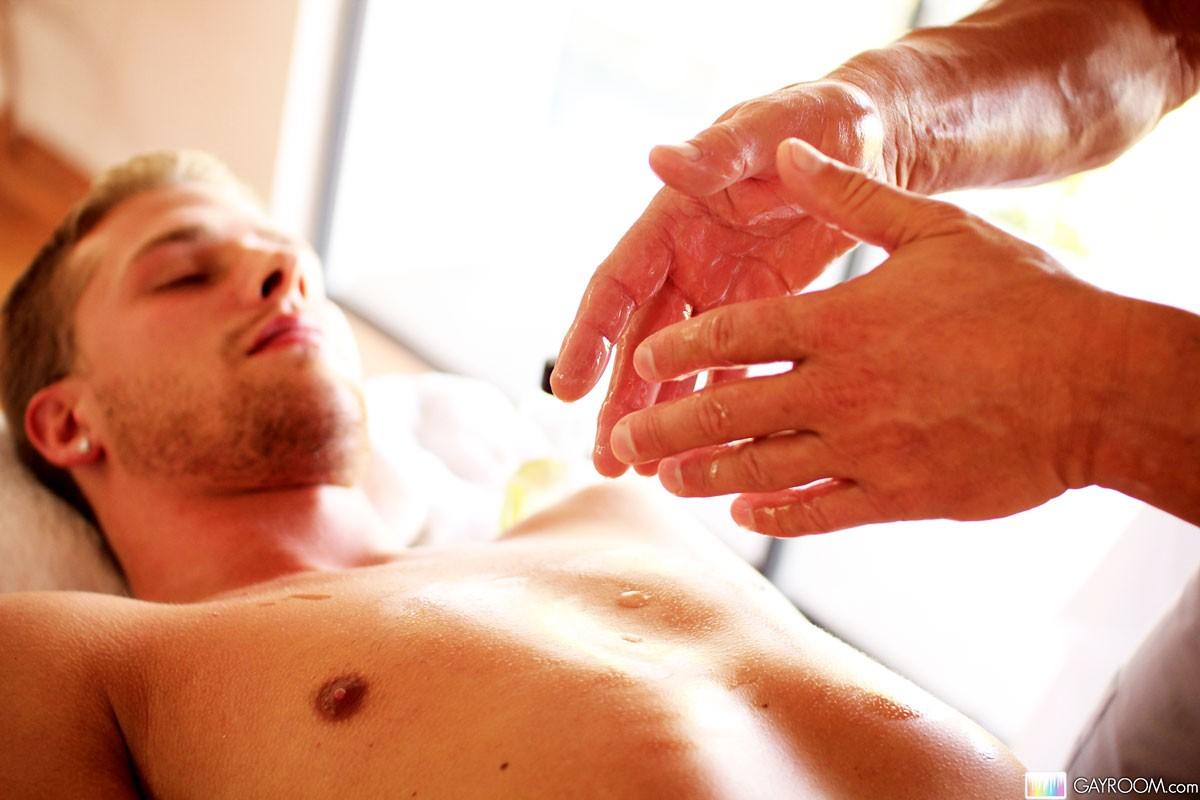 opening masseuse