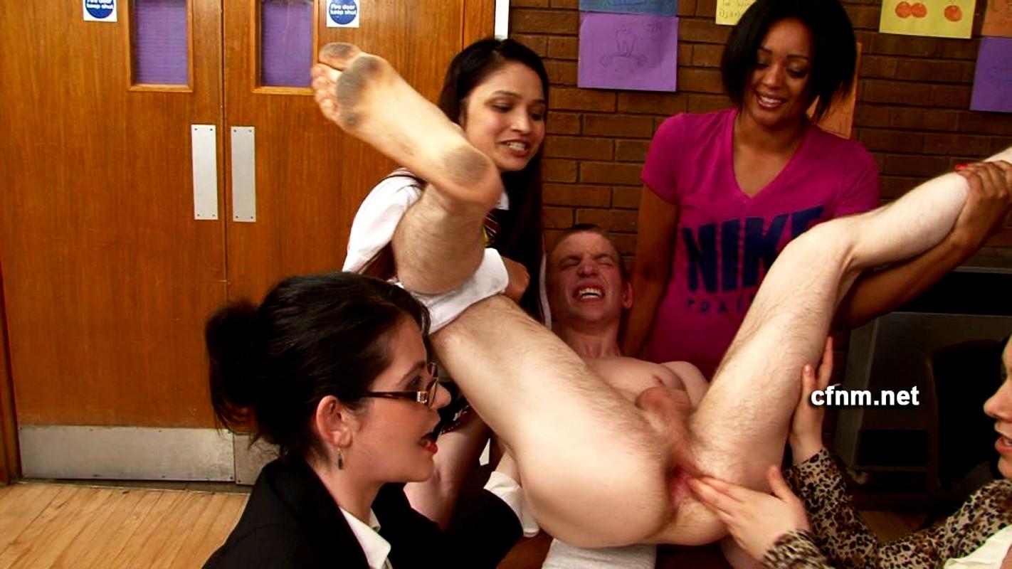 Порно колледж унижение