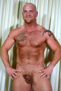 Muscle Bear Junior from The Guy Site