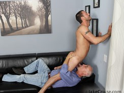gay sex - Parker D Serviced from Jake Cruise