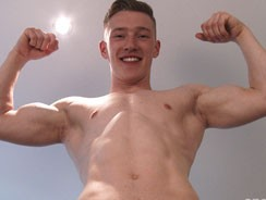 Tom Reveals His Ripped Body A from English Lads