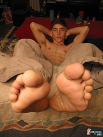Skinny Str8 Boys Big Feet from Toegasms