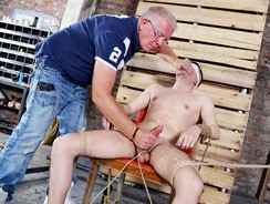 Hung New Arrival Mason Gets S from Boynapped