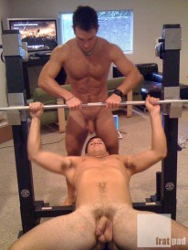 Bench Press from Fratpad