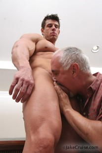 Zeb Atlas First Gay Sex from Jake Cruise