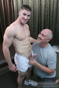 Seth Sweets Massage from Jake Cruise