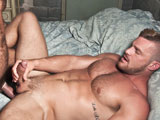 Jessy Ares Pounds Land