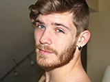 Bearded Bareback Fuckb