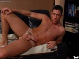 Muscle Hunk Jerking Aw
