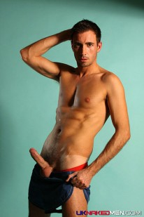 Ludovic Shows Off from Uk Naked Men