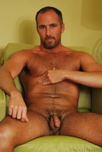 Dane Hyde from The Guy Site