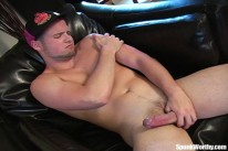 Tomcat Rubs One Out from Spunk Worthy