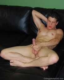 Darren Ray Jerks Off from College Dudes