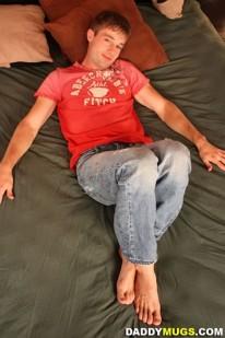 Kurt Wilds Foot Fetish from Daddy Mugs