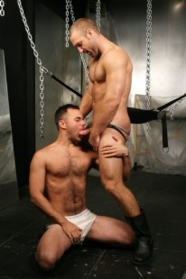 Tom And Conner Fuck from Falcon Studios