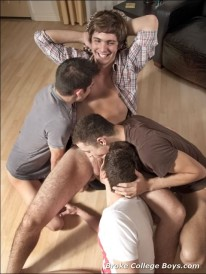 Oral 4way from Broke College Boys