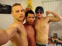 Sucking My Roommates from Dick Dorm