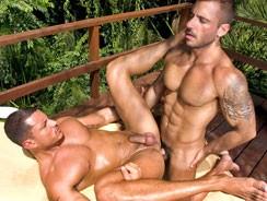 Latino Hunk 3way from Sex Gaymes