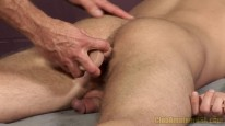 Massaging Tucker Bradley from Club Amateur Usa