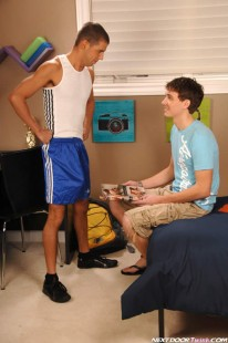 Tommy And Jamie Fuck from Next Door Twink